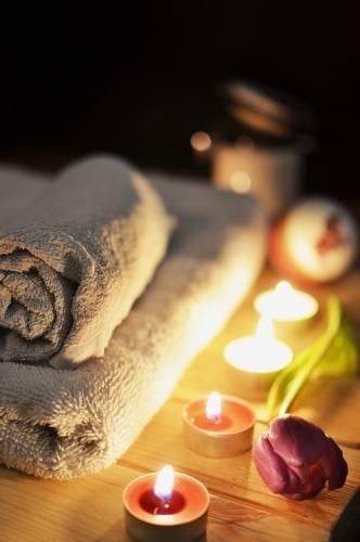 Masaje a la luz de las velas Dúo' title='Masaje a la luz de las velas Dúo